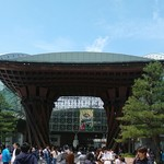85284182 - 金沢駅のモニュメント