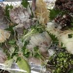 夏風 - 特別注文  お刺身盛り合わせ 真鯛の姿造り