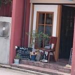 ビストロ ジュール - お店の入口