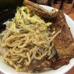 らーめん  忍者 - 麺の雰囲気