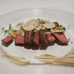 エノテカ・オルモ・デル・カウカソ - 料理写真:イタリア牛のランプステーキ:サマートリュフ掛け