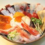 よって家 - プレミアム丼 12種丼をさらにグレードUPした丼ぶりです。ネタ数14種類!!