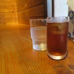 神戸ちぇりー亭 - 白飯セットはウーロン茶付き