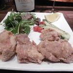 アヒージョ&パスタ - 鶏もも肉のスパイス揚げ