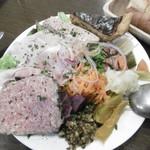 Bistro des Chenapans - 前菜盛り合わせ