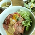 85318641 - ローストビーフ丼