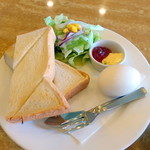 シュベール - トーストモーニングセット(550円)