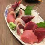 魚がし食堂 中央市場店 - 上刺し盛り合わせ