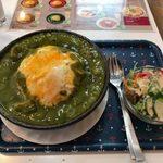 ひまわり食堂 - カレーオムライス「ほうれん草チキンカレー」880円
