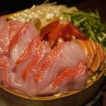 完全個室・夜景一望・美食×肉プレート 七色 - 海鮮と旬野菜の彩りせいろ蒸し