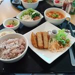 菜食健美 広島店 - 精進ヒレカツを選択