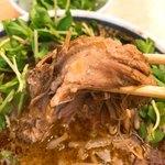 神名備 - 【2018年04月】ごまの酸辣麺の「チャーシュー」トロトロです。