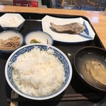 魚国 - 料理写真:へだい塩焼き定食 1,026円