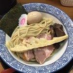 麺匠而今 - 豚と魚のつけ麺(麺)