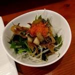 湊 - 料理写真:11貫セットのサラダ