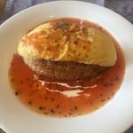 洋食屋ゼペット - ゼペットオムライス(トマトソース) ※ソースは3種類から選べます。
