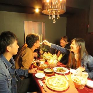 ガッツリ系の女子会には個室で食べ放題♪