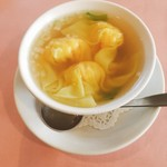 ル・パルク 恵比寿店 - ワンタンスープ