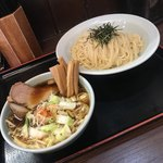 つけ麺 丸和 - 野菜つけ麺800円  メンマトッピング100円