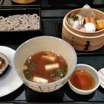 大志満 - [料理] お食事膳 全景♪w (蓋を取った所)