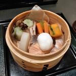 大志満 - [料理] 鮭と季節野菜のせいろ蒸し 全景♪w