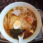 Taikaiken - ワンタン麺900円