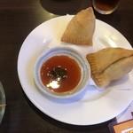 アジアンキッチン アロヒ - サモサ、ホクホクで美味い