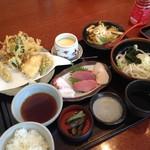 手打ちうどん 笹子 - 春野菜の天ぷらとお刺身御膳
