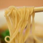 らぁ麺 はやし田 - 特製醤油らぁ麺@税込1,000円:リフトしてみました
