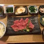 燦燦カフェ - 村上牛のローストビーフ定食