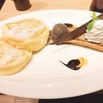 むさしの森珈琲 - ベルギーチョコアイスと焼きバナナパンケーキ