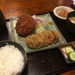 85346575 - 小牛かつ定食+単品メンチかつ(1,000円+350円)