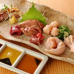滋賀や - 鮮度抜群 滋賀県産地鶏のお造り盛り合わせ 1200円