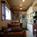 レストラン・デキムラ - 奥行きのある店内 201805