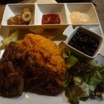 85359179 - グリルスカートステーキなど「ハバナスタイル・キューバ定食」