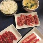 焼肉の真源 - 料理写真:食べ放題スタート