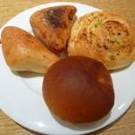 85363265 - きなこチャバタ、和風チャバタ、ガーリックロール、さくらパン