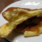 パリゼット - クリームパン;断面