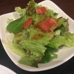 焼肉 龍 - サラダ
