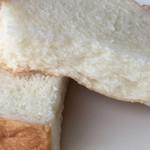 乃が美 はなれ - 裂けるパン!弾力ある