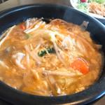 中華屋 KORAN - 料理写真:酸辣湯麺