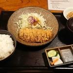 85381507 - 牛かつ定食  @1300円(2018.05)