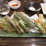 85382267 - 春野菜の天ぷら 600円 (2018.4)