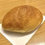 85384229 - カスタードクリームパン