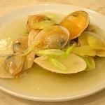 85385840 - 北海道産白貝のネギ・生姜炒め