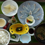 沖海月 - 平目とクラゲ刺身定食1,500円