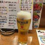 又こい家 - 生ビールはプレアムモルツ(^-^;
