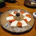 Hoteiya - フルーツトマトと美味しい豆腐のカプレーゼ