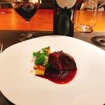 スリオラ - TORO赤ワインと牛ほほ肉