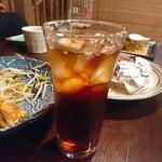 じまんや - 紅茶のお酒(ウーロン割)